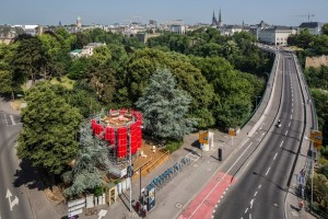 Casino Luxembourg – Forum d'art contemporain: International artist-in-residence program in the public space