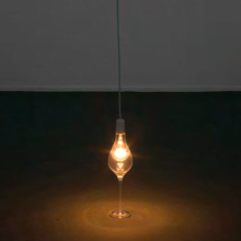 Felipe Cohen, Anunciaçião (Annunciation), 2008, lamp and crystal glass