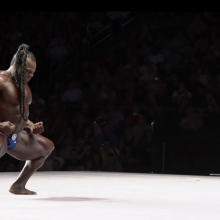 Kai Greene i sumo position